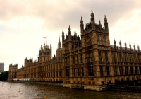 ([[Palace of Westminster]] <!--Houses of Parliament: the Palace of Westminster-->)